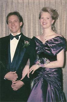 [1991 senior prom photo]